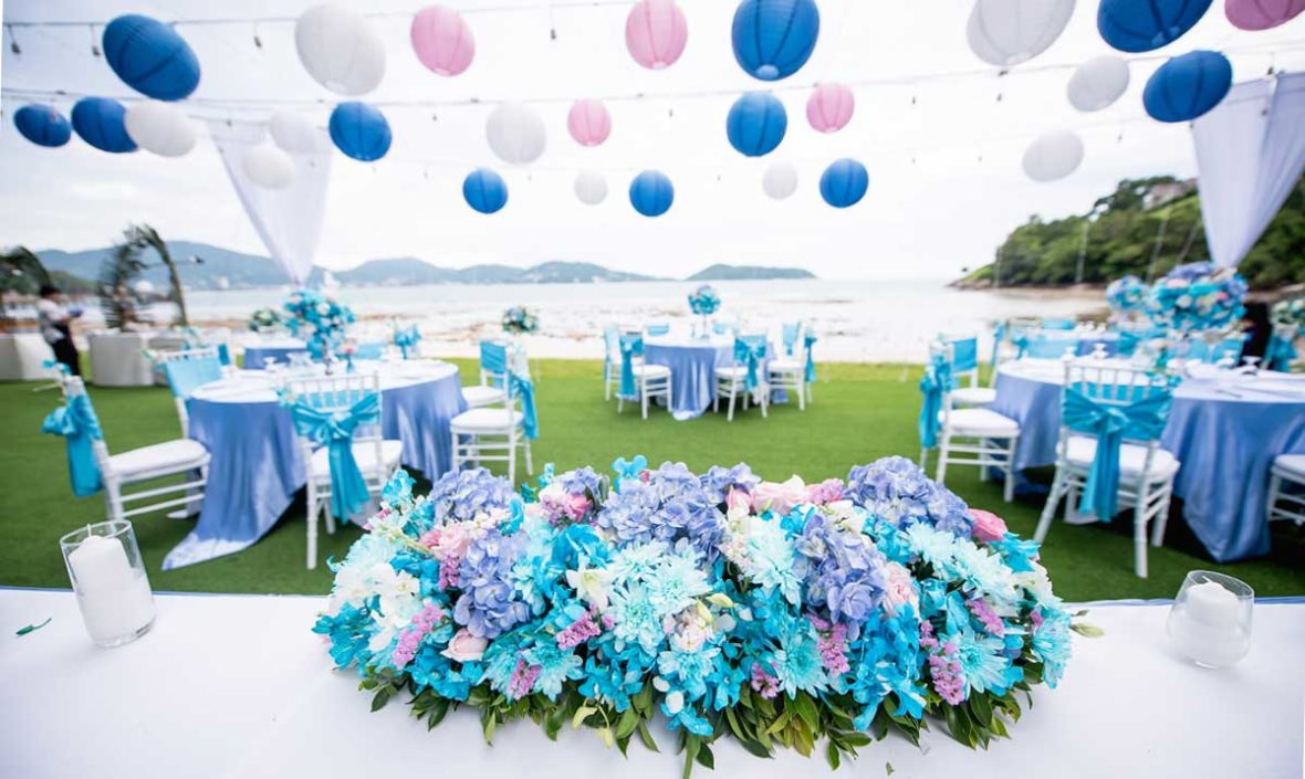 beach wedding in phuket, romantic beach wedding